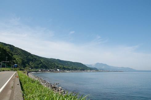 糸魚川市鬼伏付近の海岸線